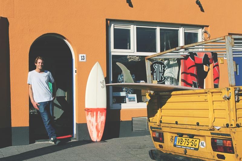 surfhuis front